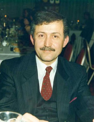 Dr-Ahmet-Taner-K-lal-d-10-june-1939-Zile-Tokat-21-september-1999-Ankara-celebrities-who-died-young-31310156-385-500